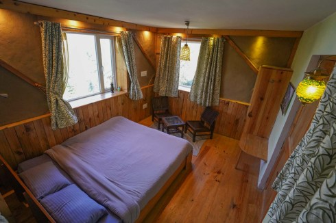 tirthan-valley-stay-eagle-nest-88